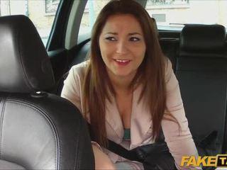 Ganska amatör pays kön för taxi ritt