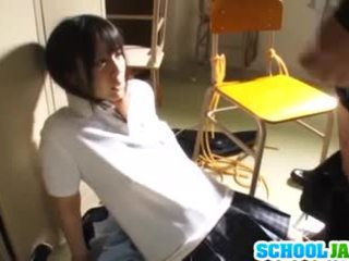 Lustful japonsko šolarka ruka