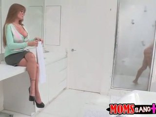 Stepmom and teen share a good cock