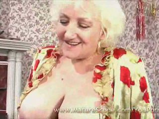 Fat Mature maid gets fucked