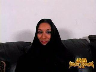 Arabic milf persia monir adalah malu untuk smash untuk membuat sebuah porno