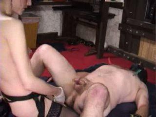 Mistress Karin stampon her male slave Video