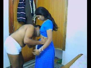 Intialainen pair onto niiden honeymoon chewing ja bonking