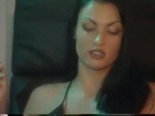 megnéz dohányzás, szép leszbikus forró
