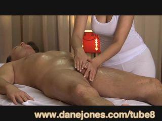 Danejones krásný busty masseuse takes péče na tvůj orgasmu