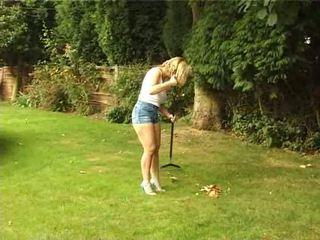 Britisk kone gives en blowjob i den hage video