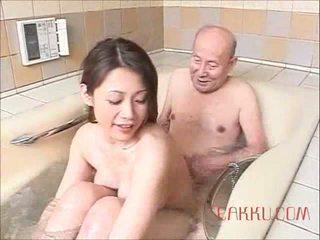 Maki tomoda stary człowiek i mamuśka 2