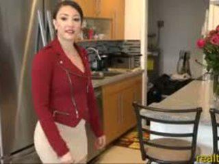 큰 바보 현실 estate agent sexes 그녀의 클라이언트 용 위원회