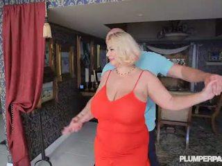 Tettona sgualdrina milf samantha 38g fucks università dance instructor