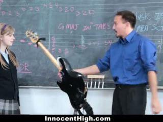 Innocenthigh- armas punapea fucks tema õpetaja <span class=duration>- 12 min</span>
