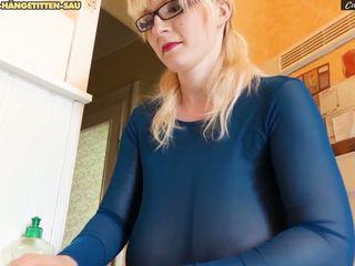 Xtreme saggy udders cameriera casey deluxe, hd porno f9