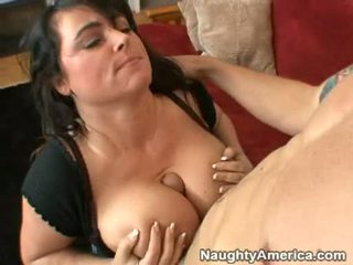Bitchy Milf IndiAnna Jaymes Eagerly Hooks Her Mouth On A Rock Hard Hot Pole