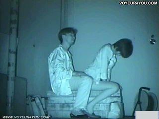 Infrared camera orang yang menikmati melihat seks bench park seks