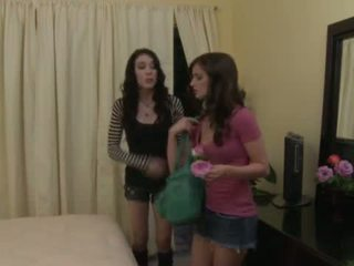 Lesbo saya may lily carter at aiden ashley