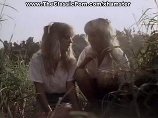 Clasic porno în the padure cu two doamne