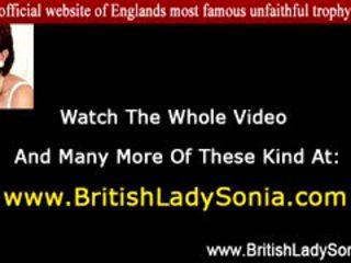 البريطانيون, أنت مجموعة من ثلاثة أشخاص, تحقق ناضج جودة