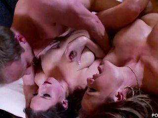 Pornfidelity- angela alb și kelly madison obține showered în patru cumshots!