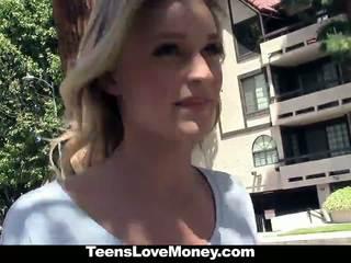 Teenslovemoney - худенька білявка offers манда для гроші