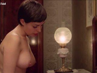 große brüste, rotschopf, jahrgang