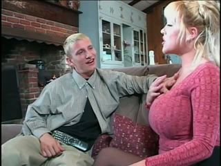 Miltf Candy Cox: Free MILF Porn Video e2