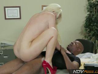 Hdvpass groß titty krankenschwester alexis ford rides schwanz