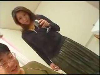 Japoniškas mama teaches sūnus english