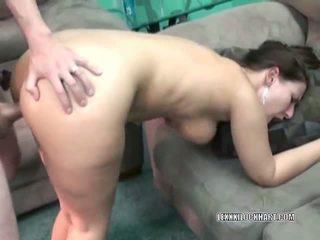 Buxom lexxxi getting viņai mitra vāvere fucked grūti