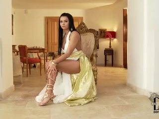 Victoria Blaze In Gladiator Sandals Plays With Her Pussy