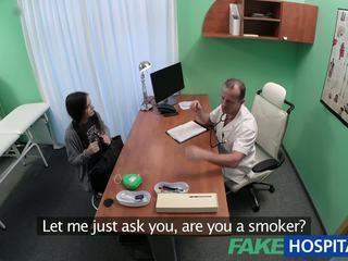 Fakehospital hitam haired murid wants zakar/batang: percuma lucah 89