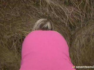 Teen Chick Masturbating Inside The Haystack
