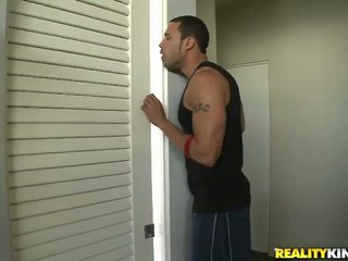 Jessi palmer seduces her neighbour and takes a sit onto onto his mighty kontol