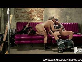 Inked up Jessa Rhodes loves being spanked