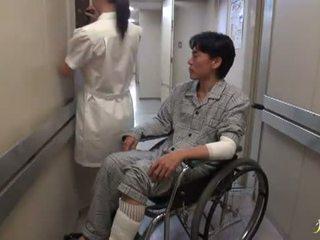 Hikaru ayami a dohányzás döbbenetes kínai ápolónő has készült szeretet nagy