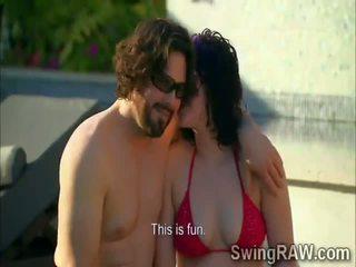 Swinger couples haben party outdoors im wirklichkeit zeigen