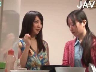 brunette, japonais, pipe