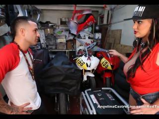 Angelina castro takes cumload 에 bike garage!