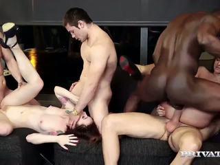 Amirah adara und misha überqueren haben an orgie: kostenlos hd porno 70
