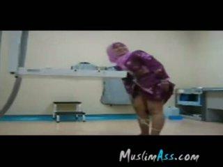 Hijab sesso a lavoro