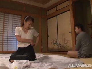 Ayano murasaki has unforgettably dibuat cinta till going kepada sofa