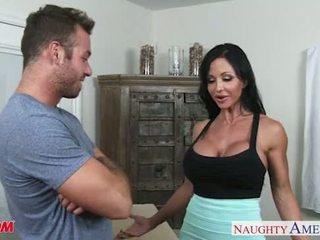 Superb мама jewels jade трахання a сексуальна жеребець