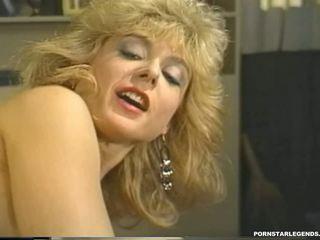 Млад nina hartley в хардкор класически чукане: hd порно 23