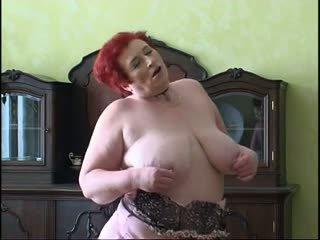 Fette Großmutter