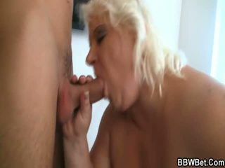 Huge Lady Having Sex With Small Guys Vedios