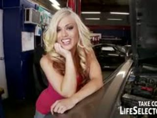 Fazer você ir louca para fancy cars? being um carro mechanic poderia