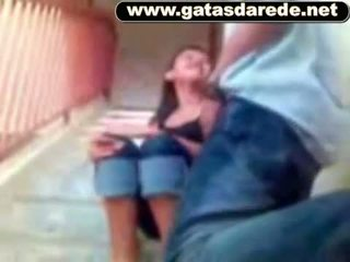 Comeu a Novinha na escada