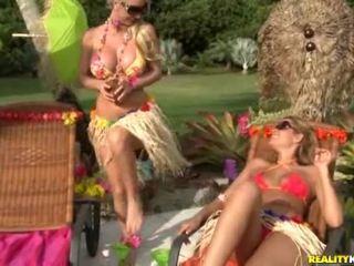 Hawaiian Lesbos
