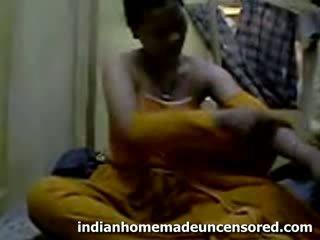 The desi skrytý salwar pohlaví