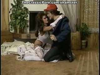 美麗 女士 在 復古 色情 電影