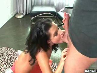 Milf Lady With An AMazing Bottom Handling A Boner