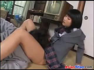 Aziýaly mekdep gyzy and her male gul